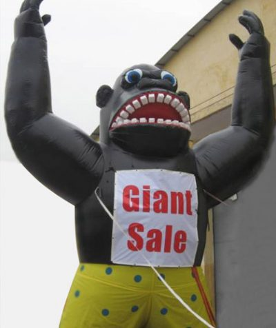 inflatable–giant-roof-top-gorilla-