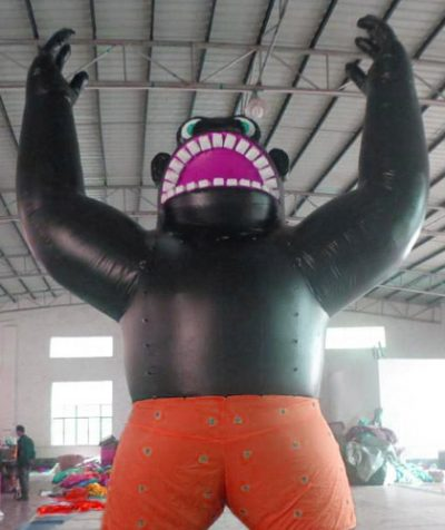 inflatable–giant-roof-top-gorilla–20-ft